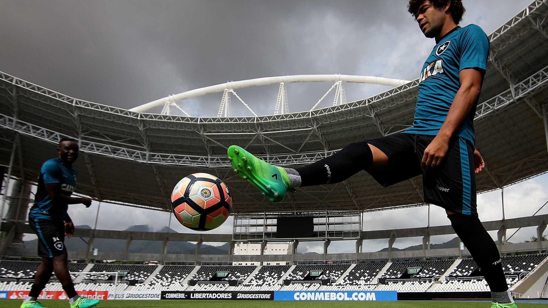 Atento a Libertadores, Botafogo escala time misto contra Ponte