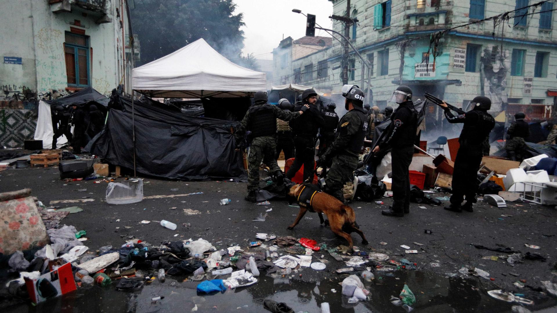 Conflito na cracolândia tem bomba contra centro da prefeitura