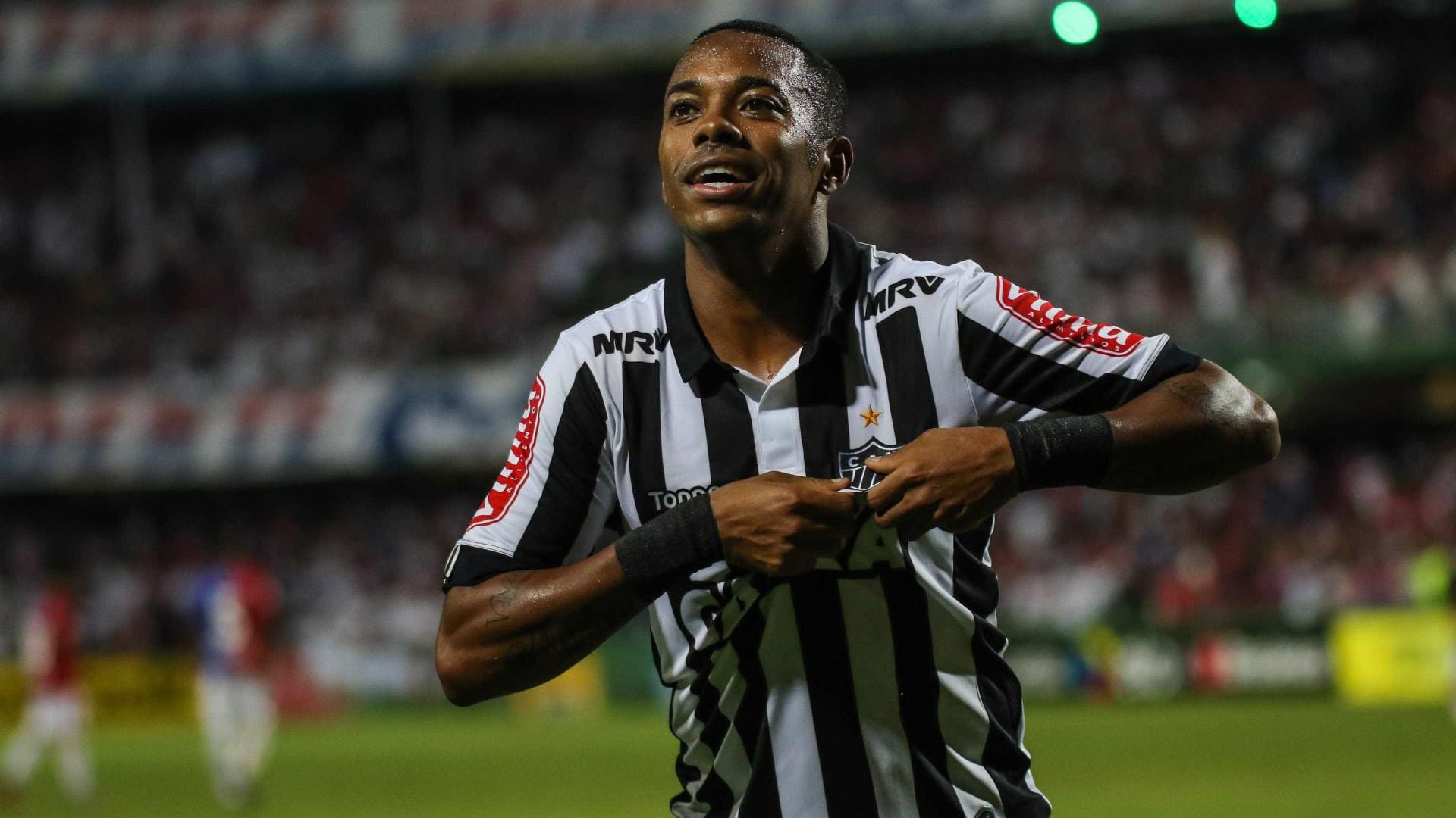 Agente de Robinho critica novo presidente do Santos e vê falta de apoio
