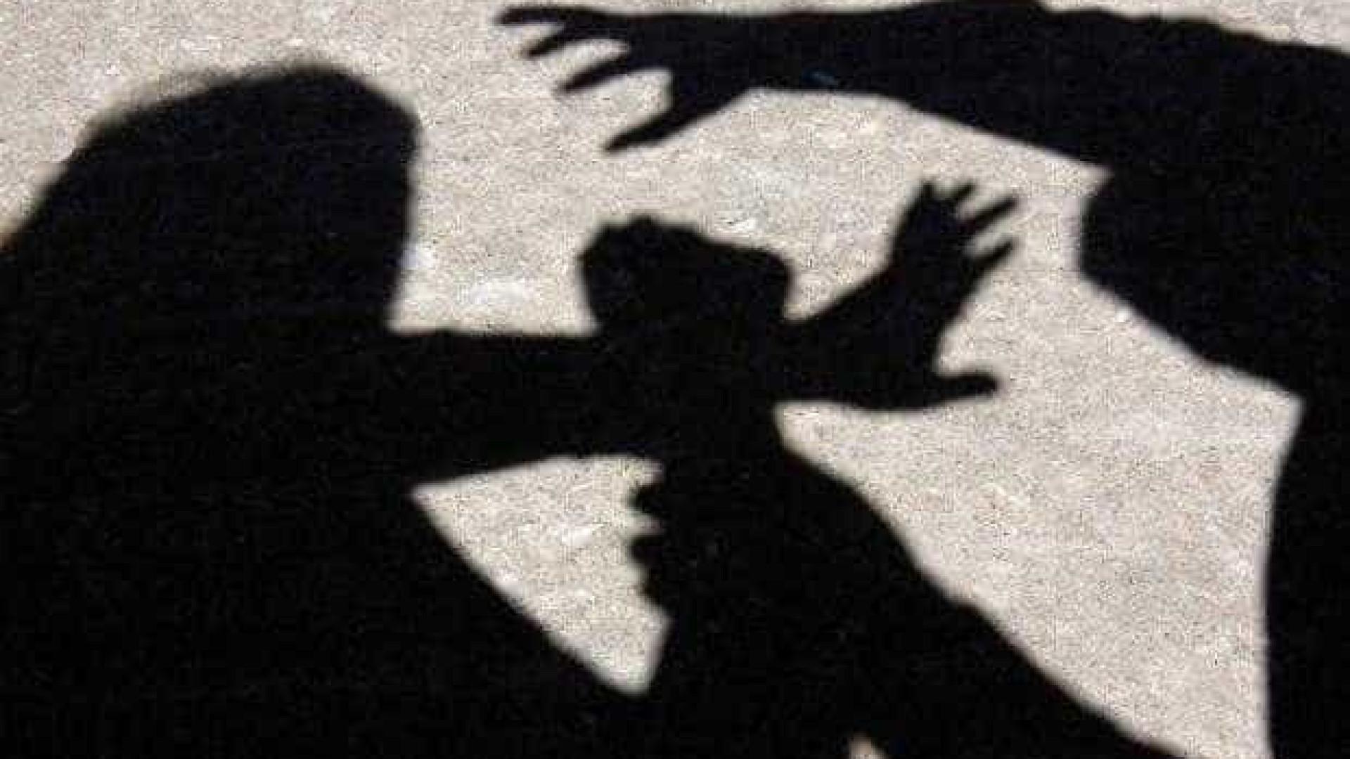 Briga de adolescentes termina  com sete facadas