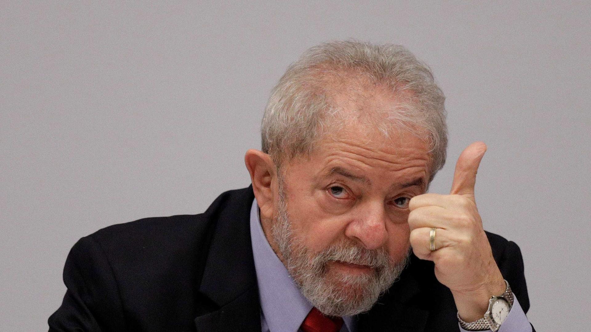 Líderes e celebridades mundiais prestam apoio a Lula