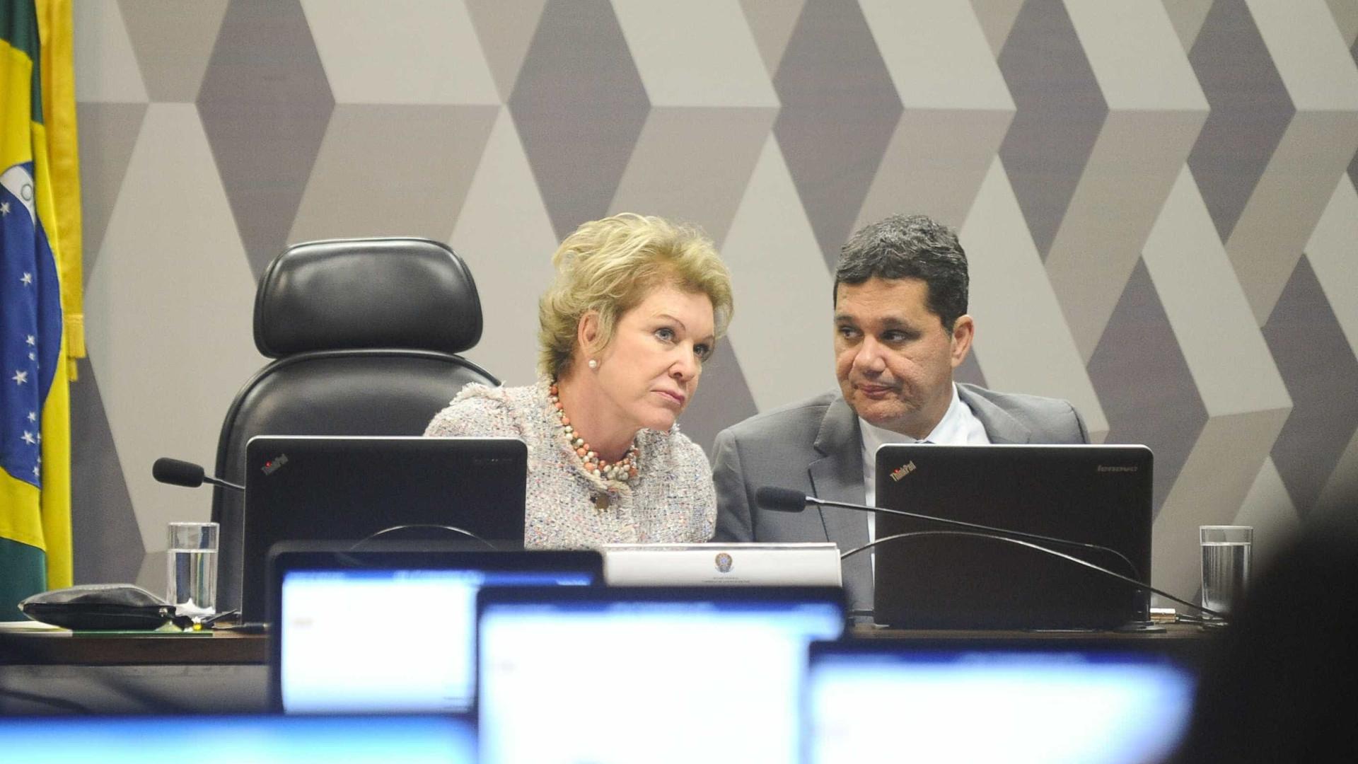 Reforma trabalhista deve ser votada por comissão na terça-feira