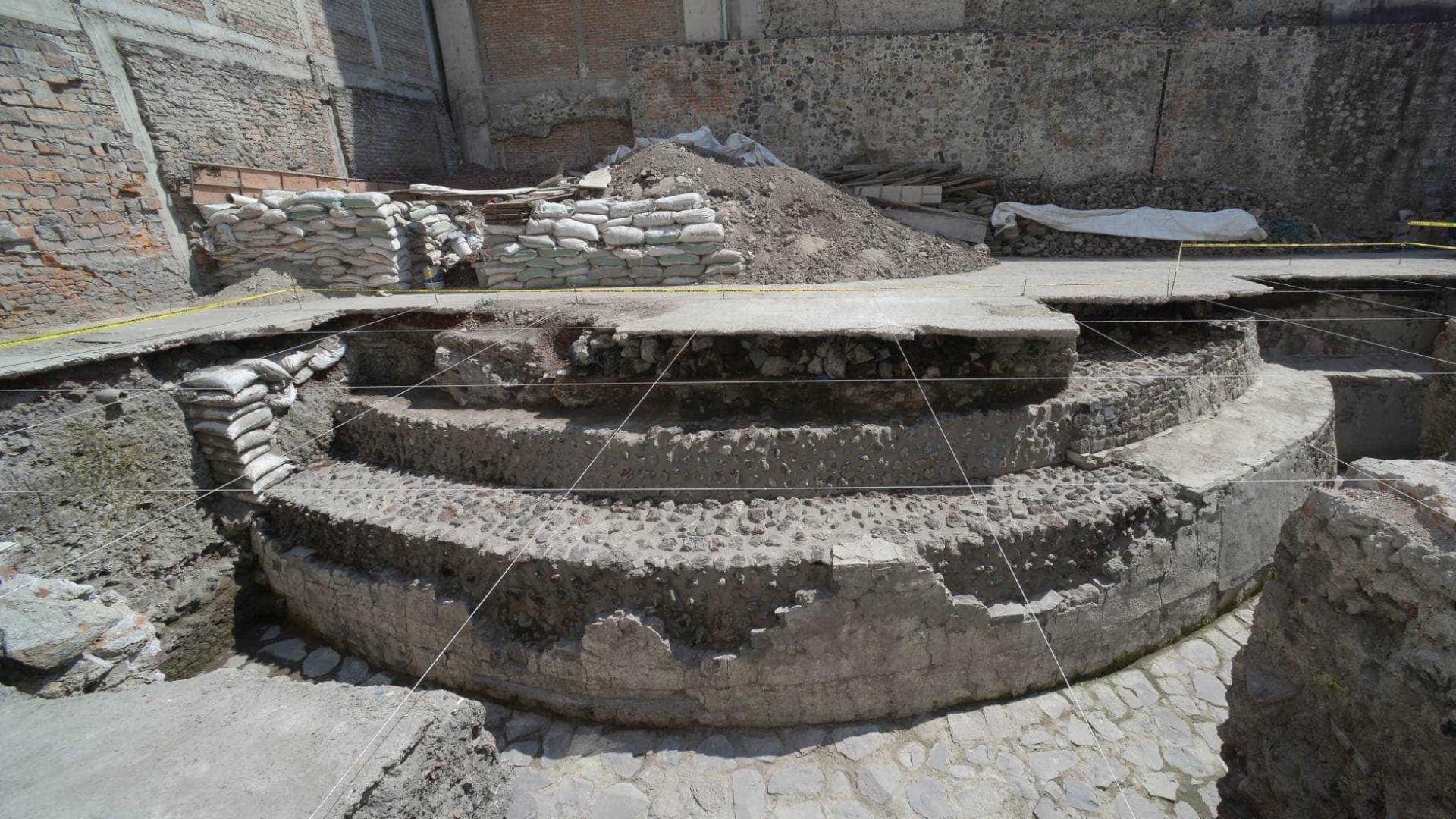 Templo asteca é encontrado na Cidade do México