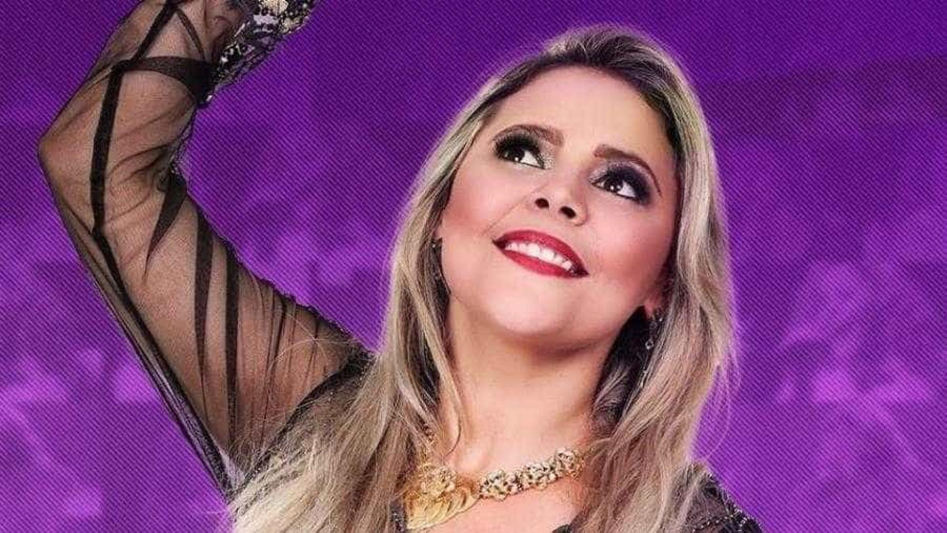"""Mulher choca ao comentar morte de cantora: """"Pecadora nordestina!"""""""