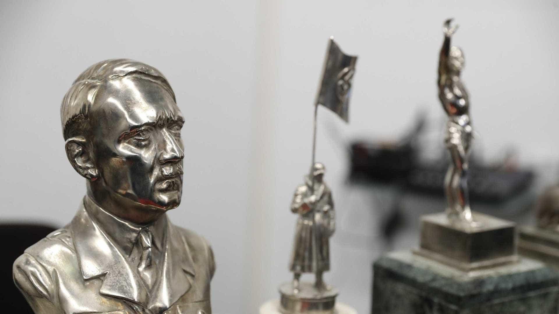 Descoberta na Argentina coleção de supostos artefatos nazis
