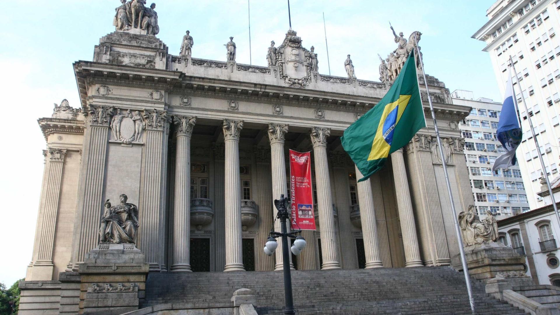 Deputados presos lotearam postos do Detran em 20 cidades do RJ, diz MPF