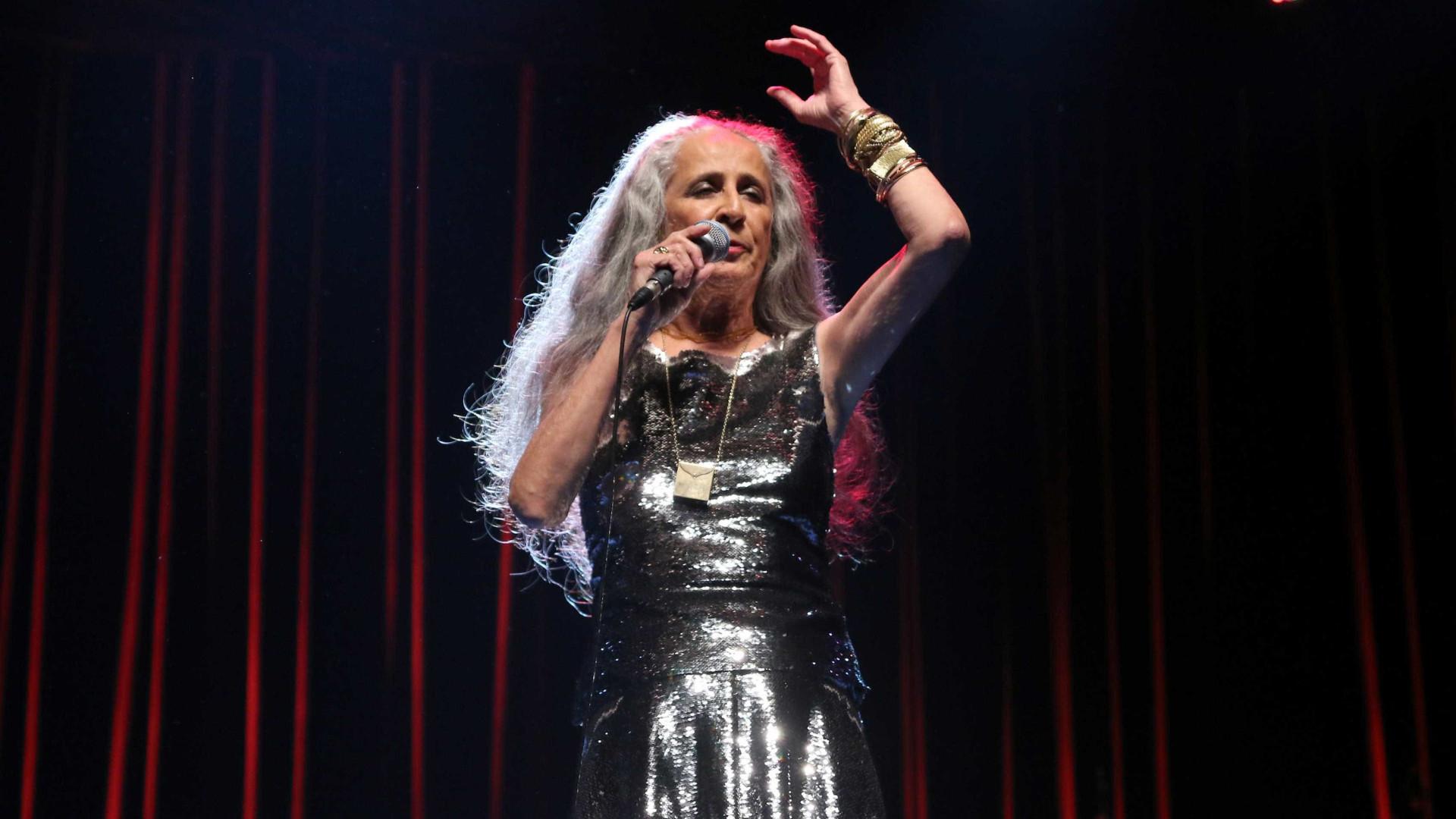 Maria Bethânia foi talento e luz em turnê realizada em Portugal