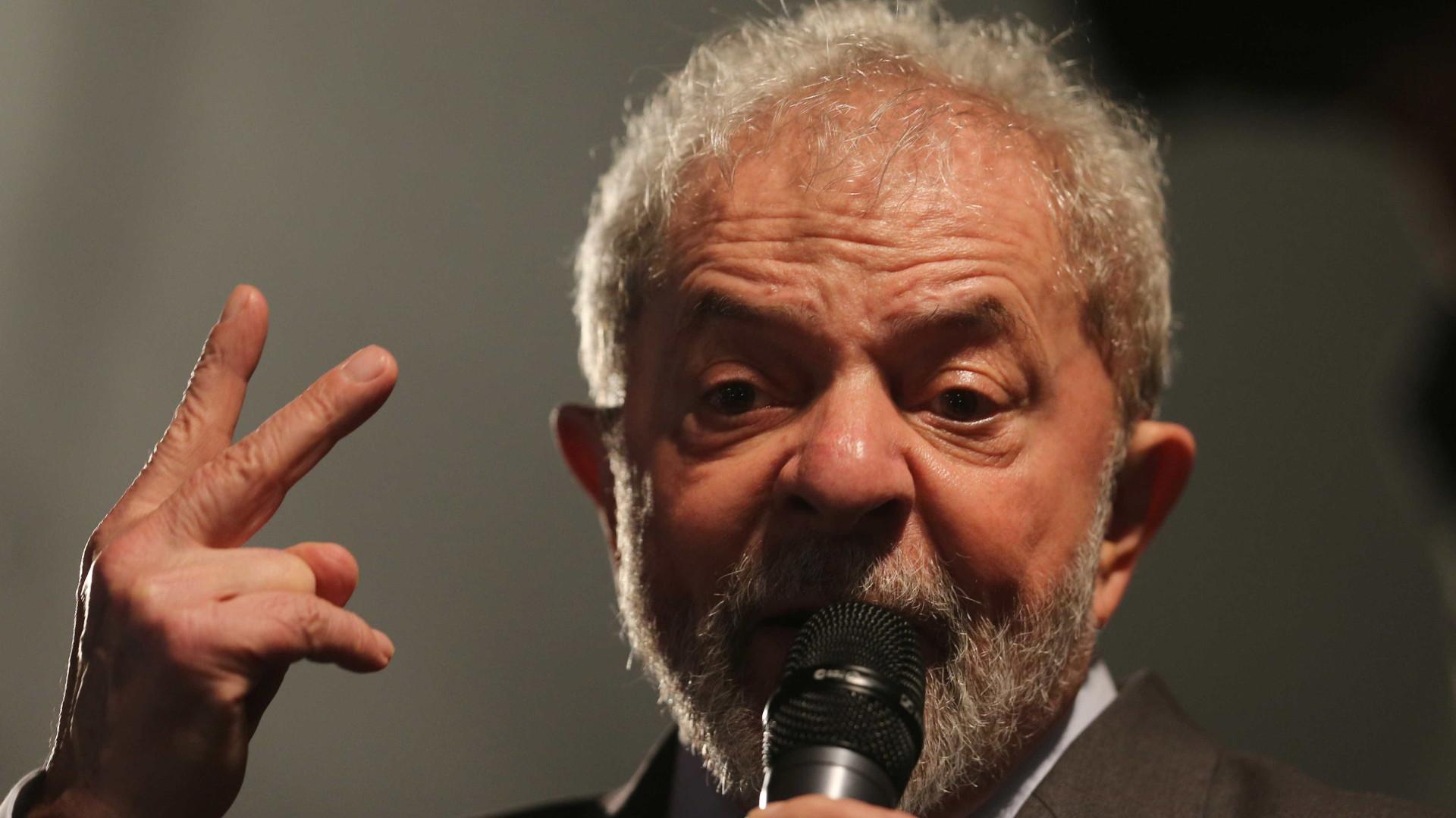 Em caravana, Lula diz que governo Temer 'destruiu a construção civil'