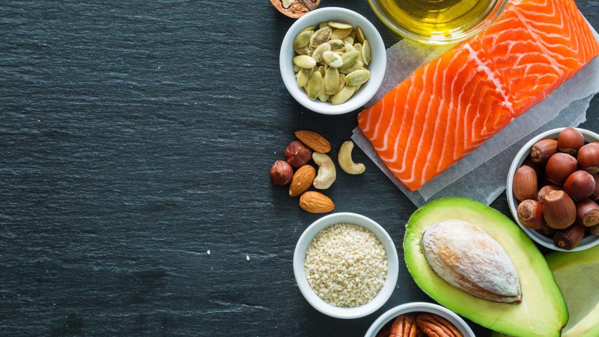 Comer mais gordura ajuda a perdê-la, dizem especialistas