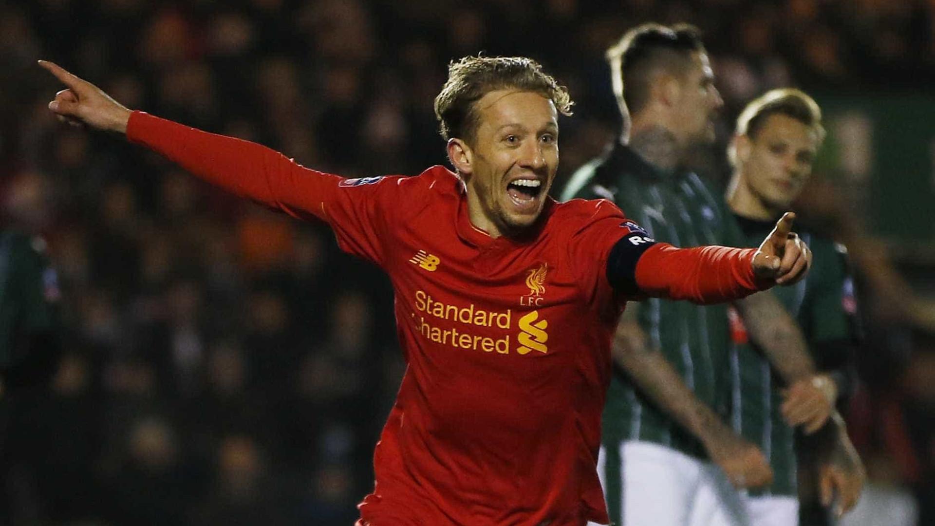 Liverpool aceita oferta de R$ 20 milhões e venderá Lucas Leiva
