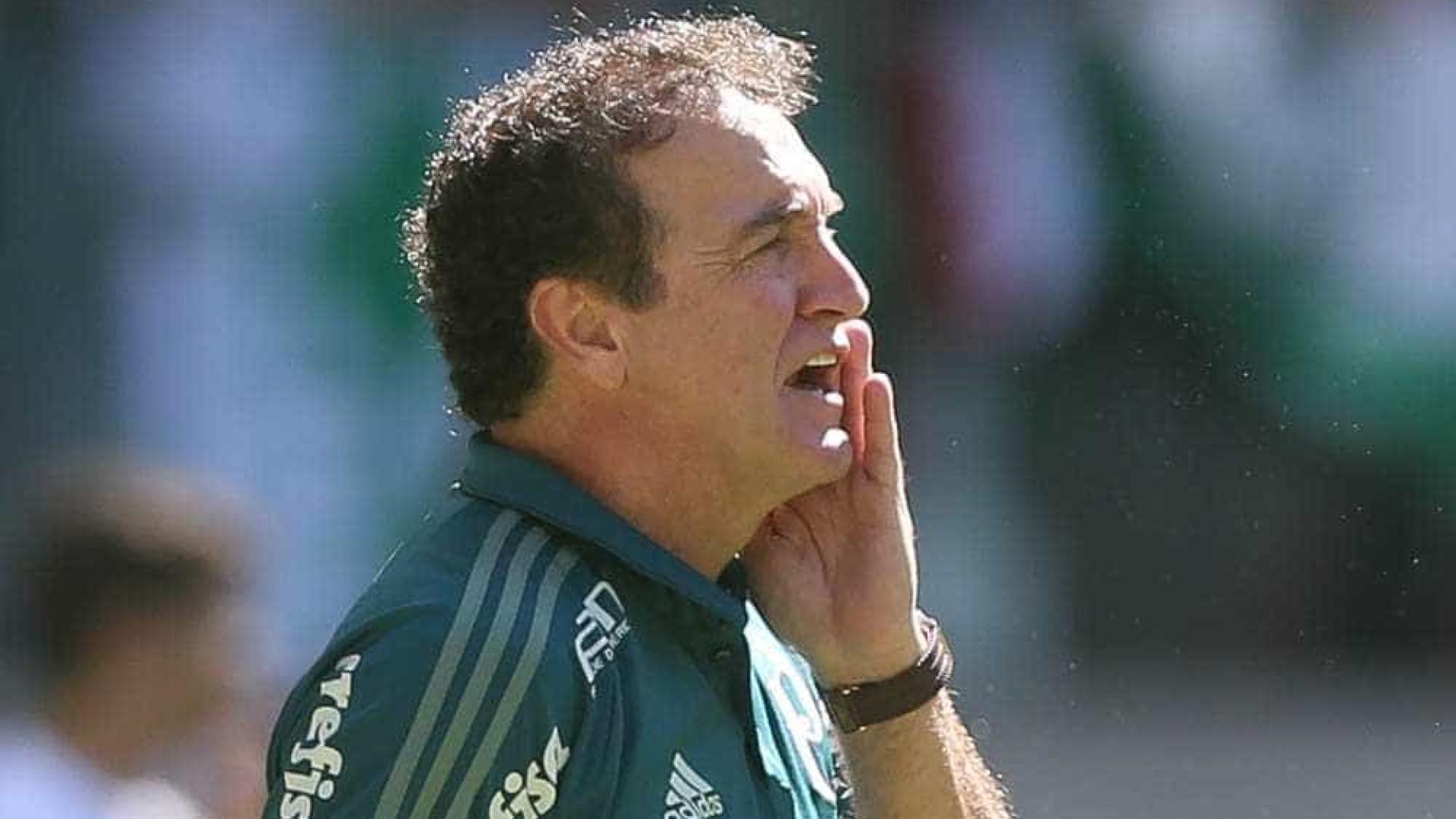Após 4 a 2, Cuca elogia paciência e diz: 'Ninguém jogou a toalha'
