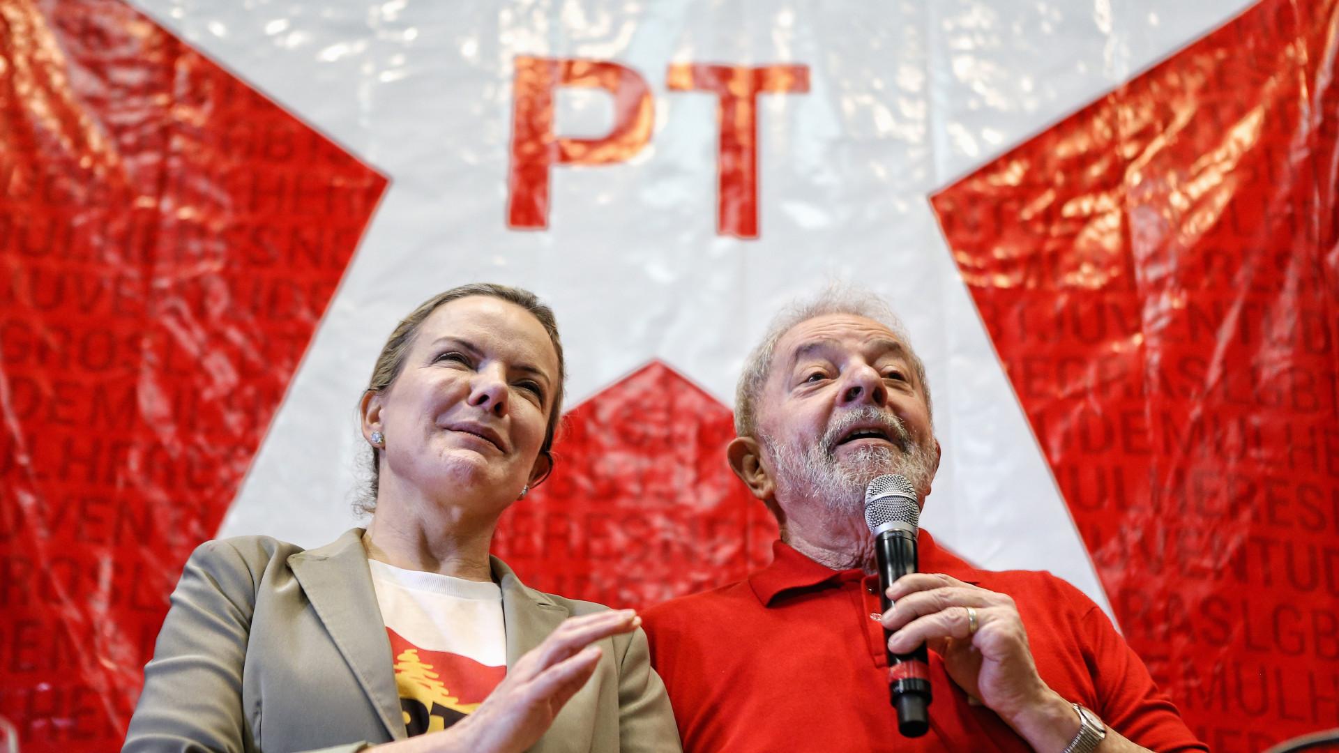 PT vê possibilidade de prisão de Lula antes da Páscoa