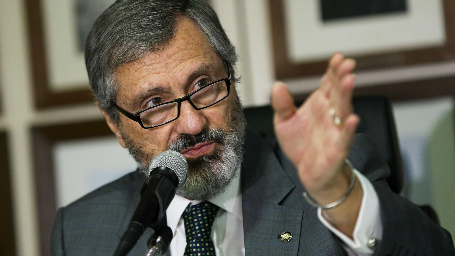Ministro alerta para atuação do tráfico e da milícia na próxima eleição