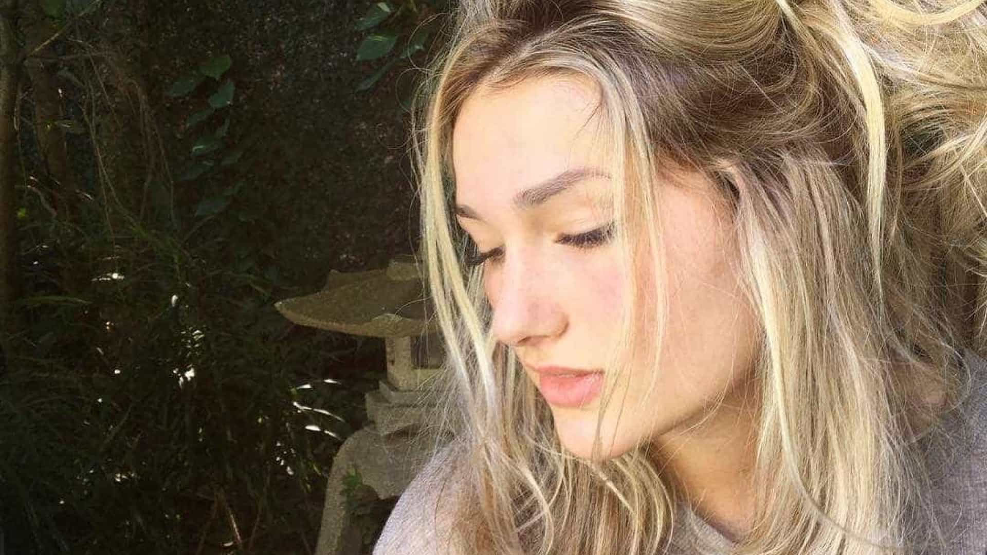 Filha de Xuxa, Sasha passa a comer
