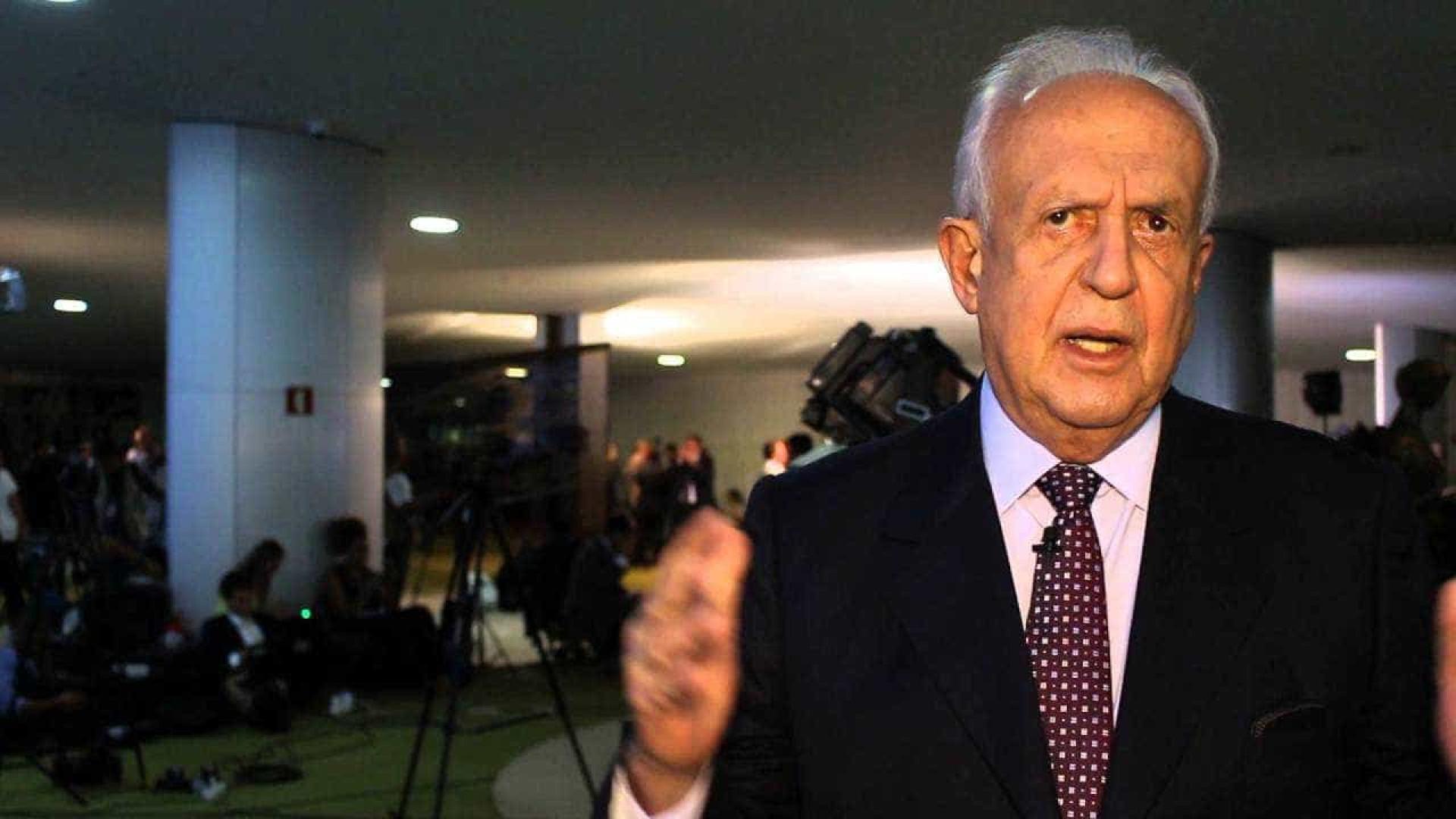 Direção do PMDB é fraca e despreparada, diz Jarbas após punição