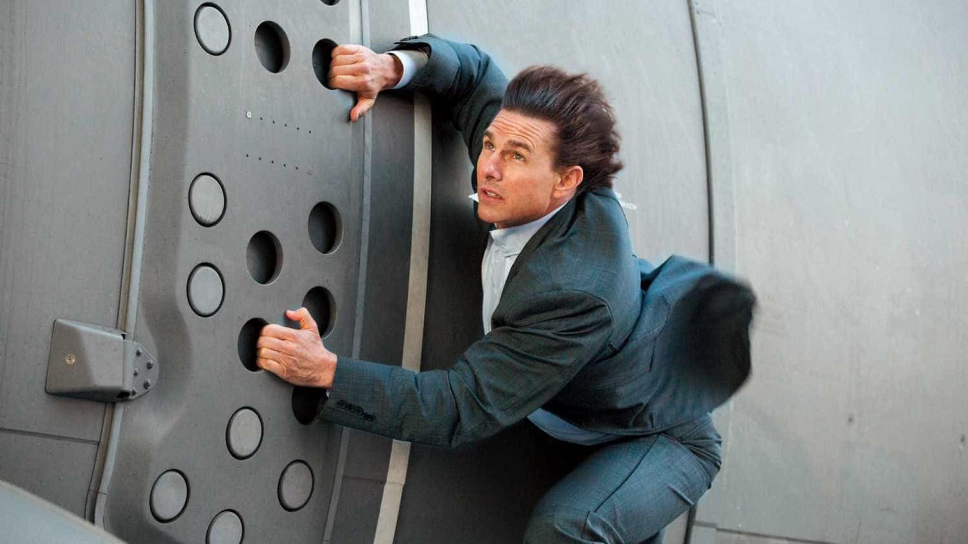 Tom Cruise sofre acidente e suspende gravações de 'Missão Impossível'