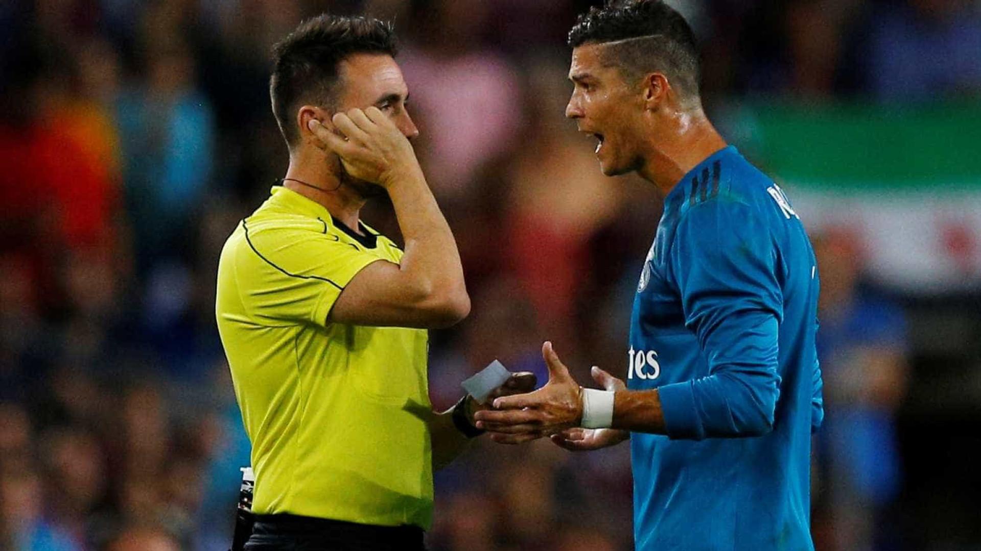 Cristiano Ronaldo detona suspensão de cinco jogos: 'Isso é perseguição'