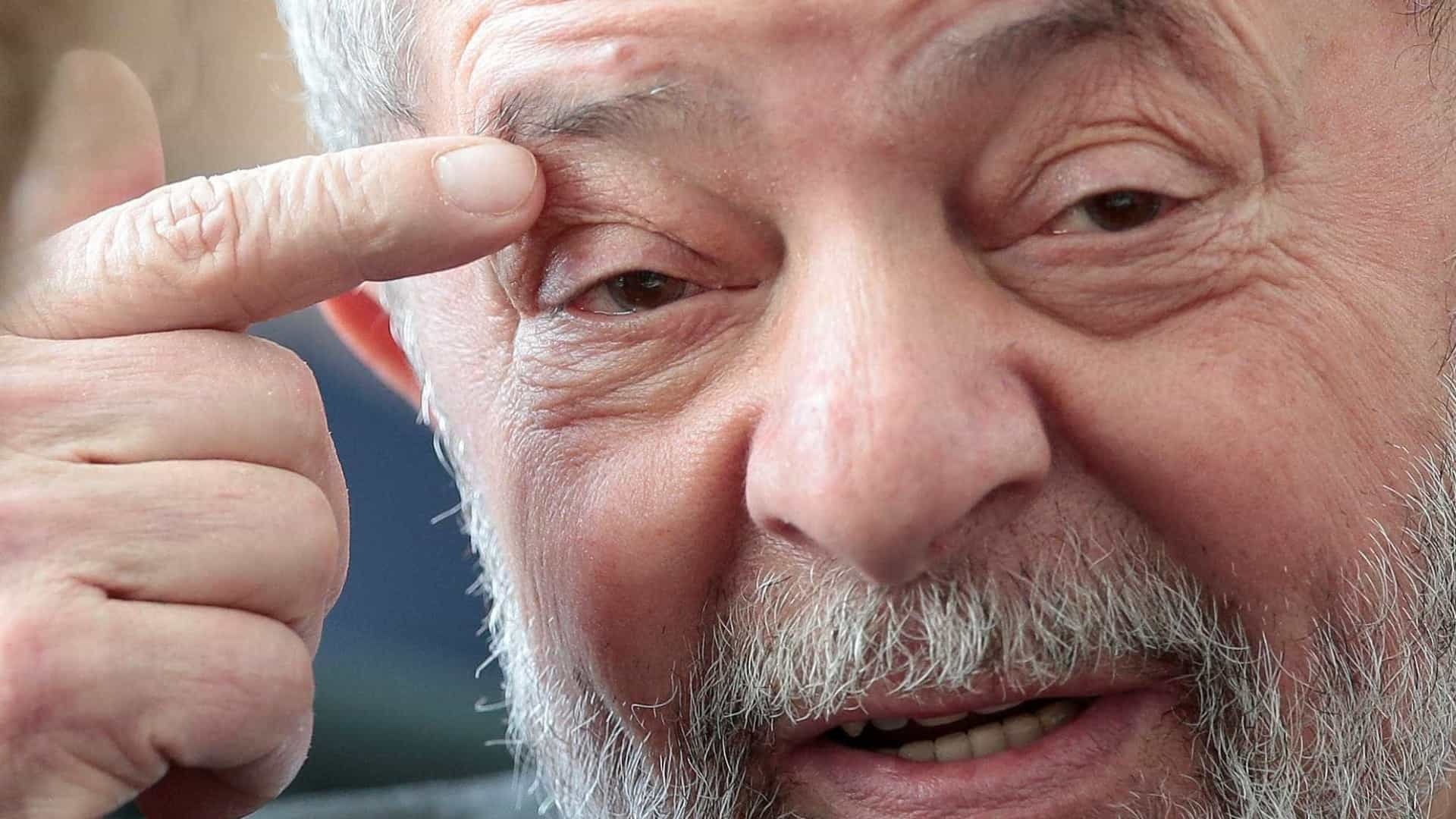 Juiz federal suspende título a Lula na Bahia