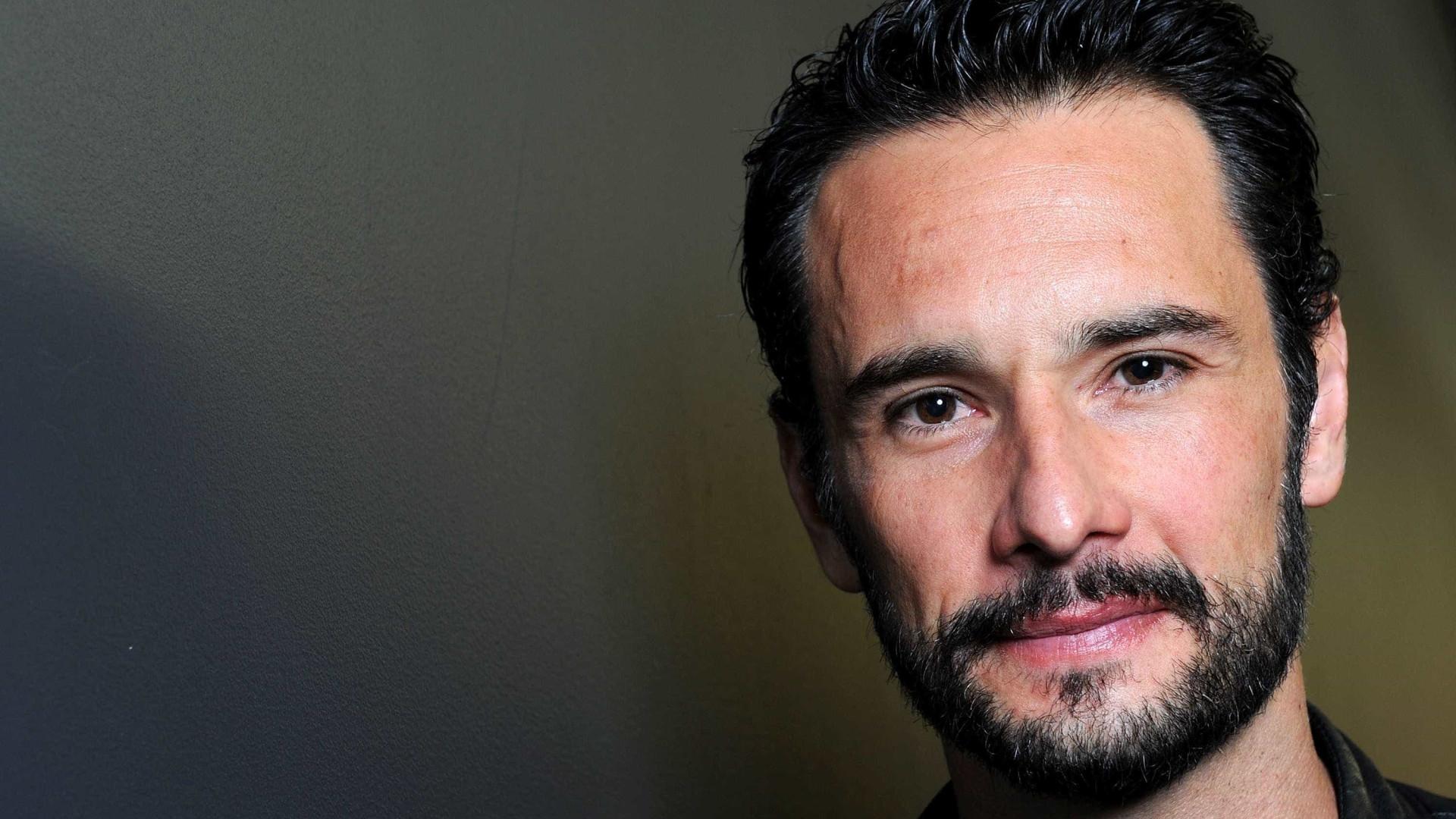 Rodrigo Santoro faz 42 anos; confira a trajetória do ator