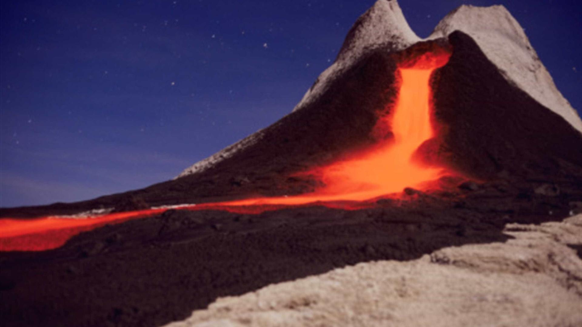 30 imagens incríveis de lavas e vulcões