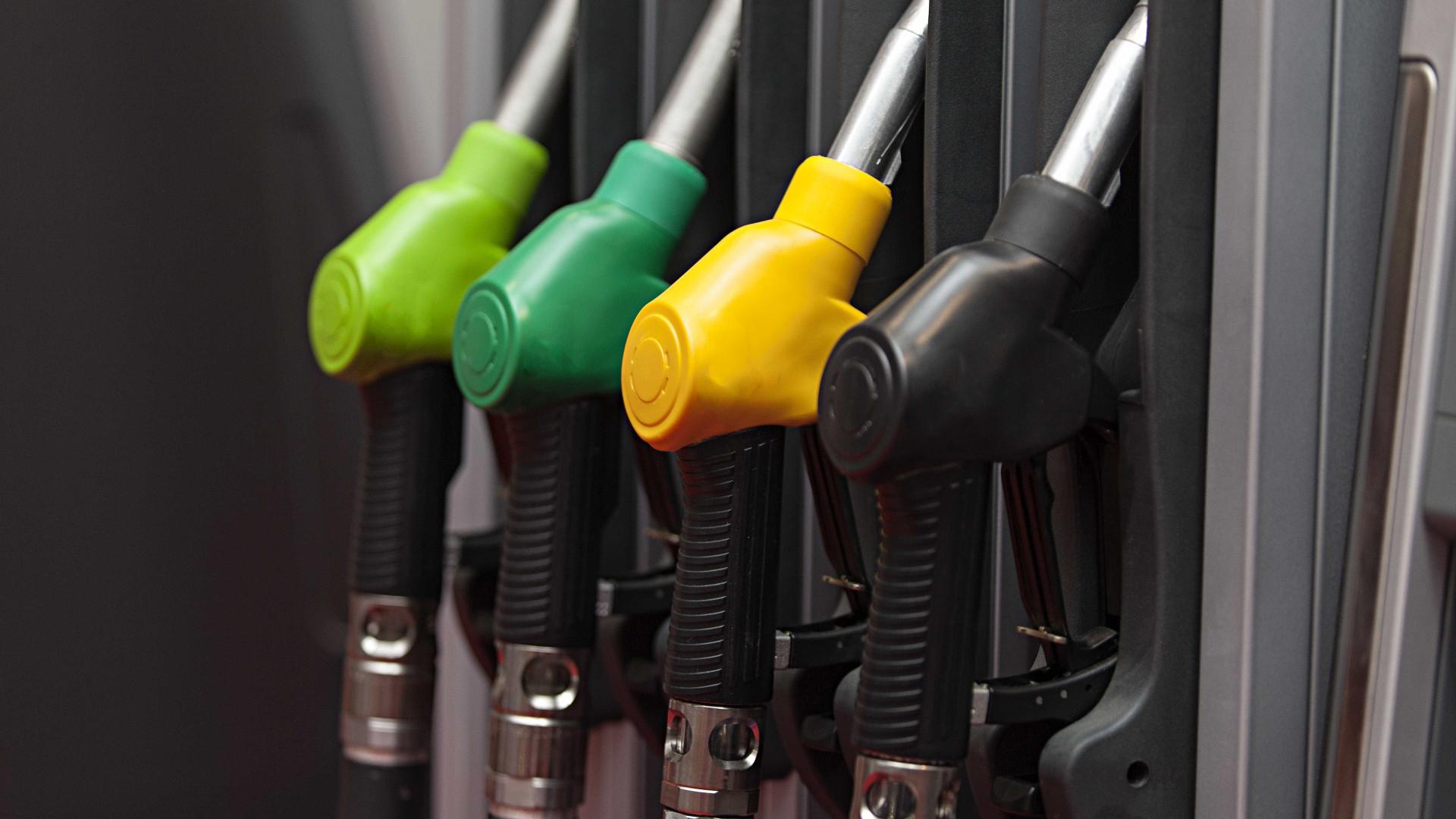 Petrobras anuncia queda de 0,90% no preço da gasolina