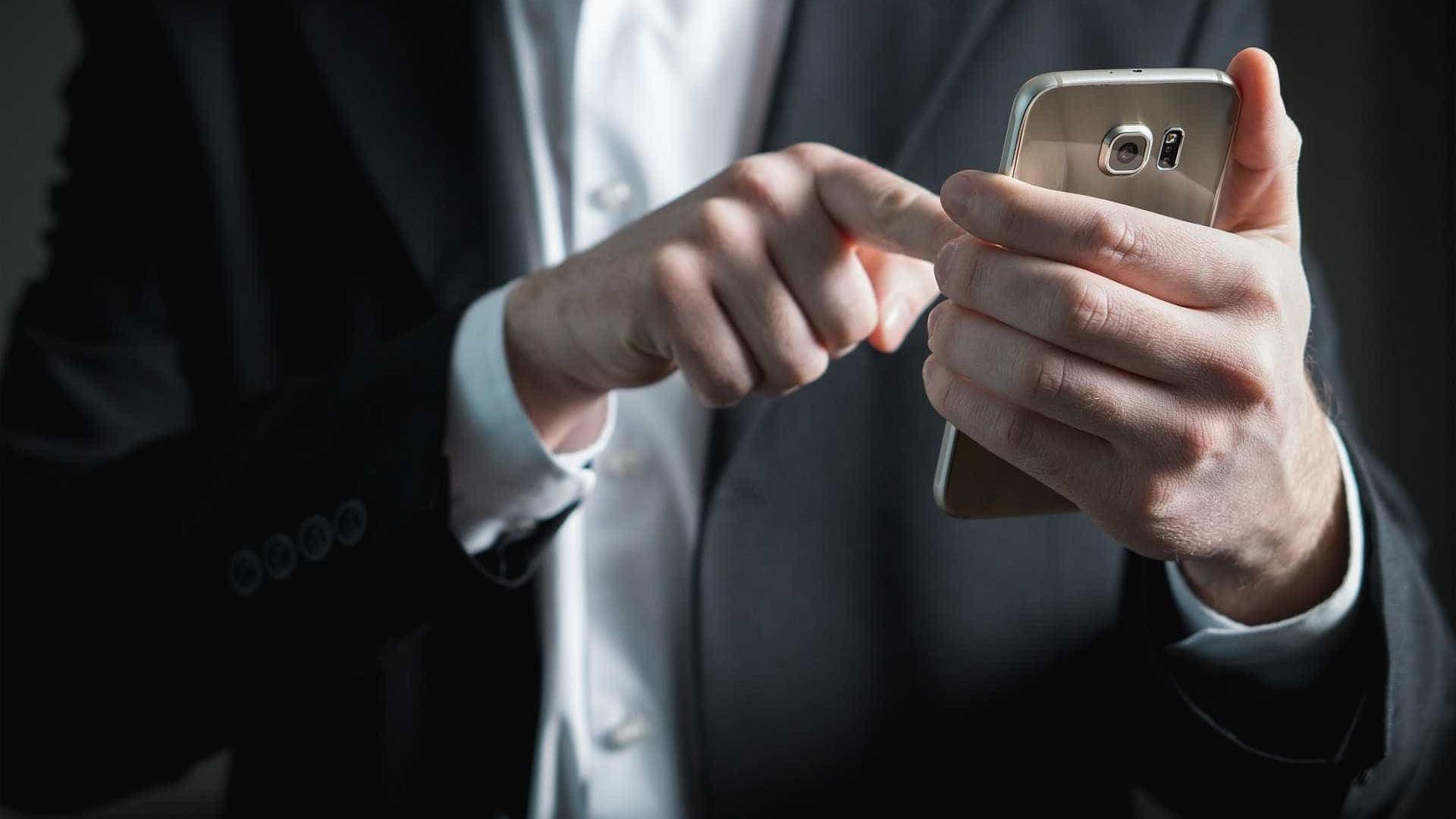 Aplicativo cria currículos pelo celular de forma prática