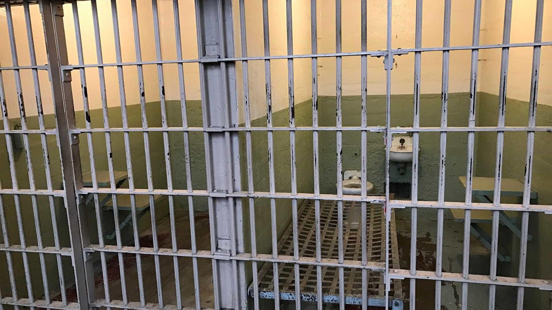 Túnel é descoberto dentro de cela de penitenciária em João Pessoa
