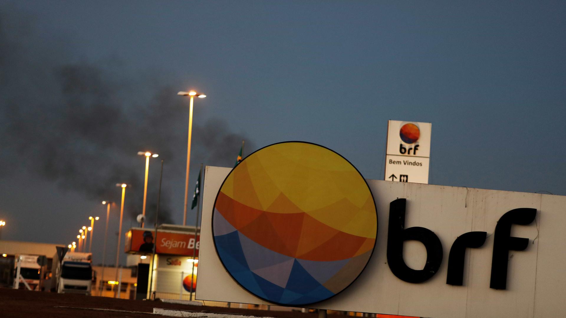 BRF dará férias coletivas a 2 mil devido a embargo da União Europeia