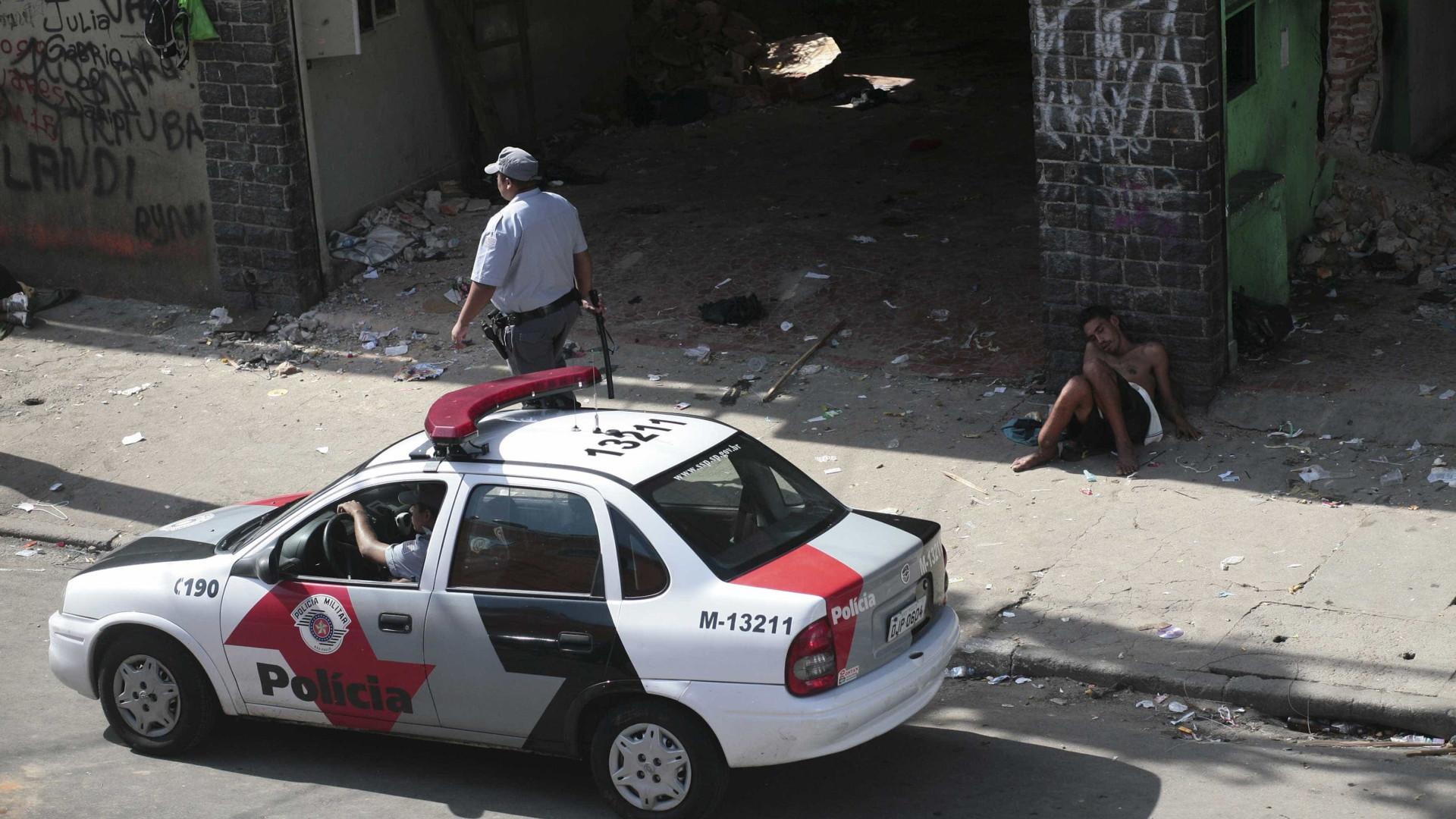 Governo paulista autoriza PM a usar arma calibre 12 em chamadas do 190