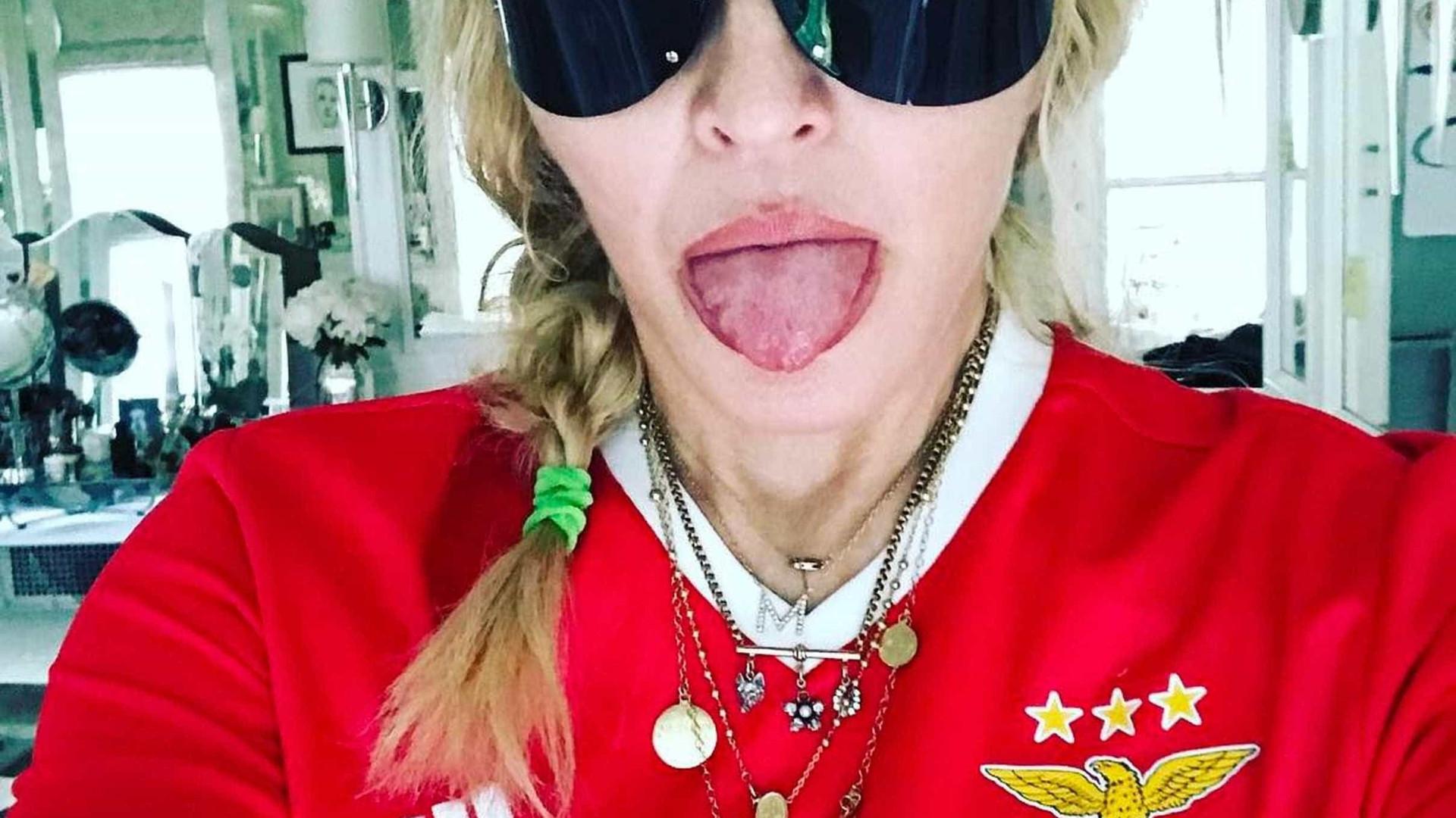 Madonna ouve morna de Cesária Évora em Alfama