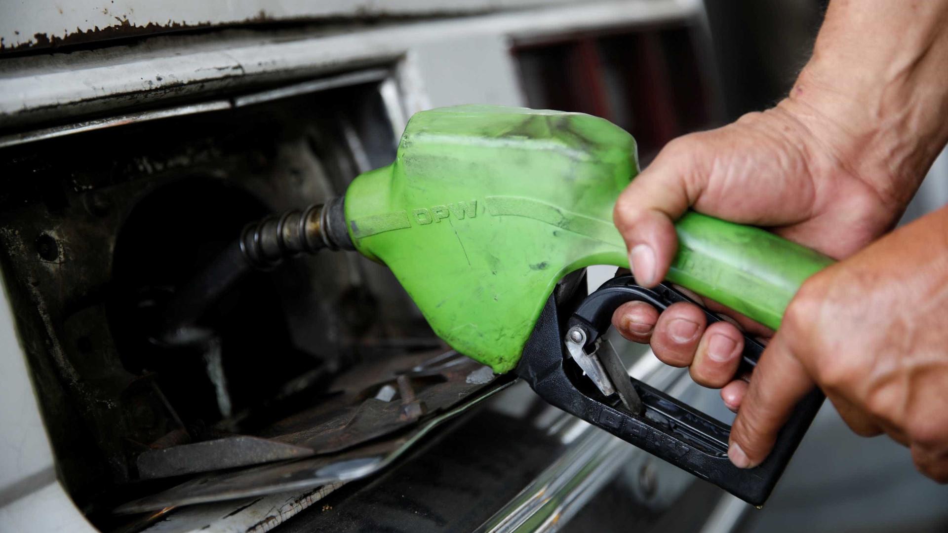 Petrobras reduz em 0,6% preço da gasolina e aumenta em 0,5% o do diesel