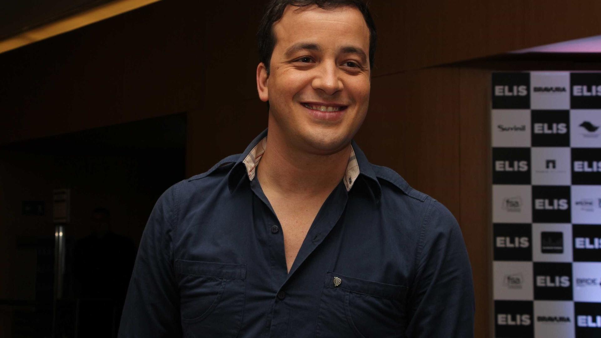 Rafael Cortezdeixa'Video Show' e diz querer se dedicar ao humor