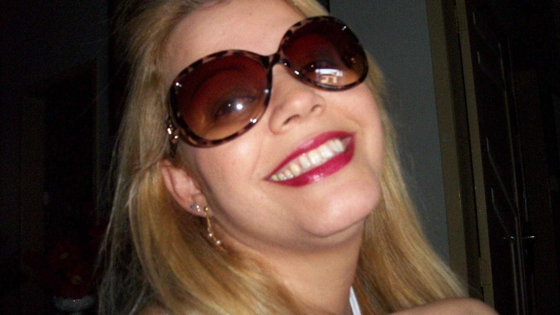 Coordenadora é assassinada a tiros em porta de escola