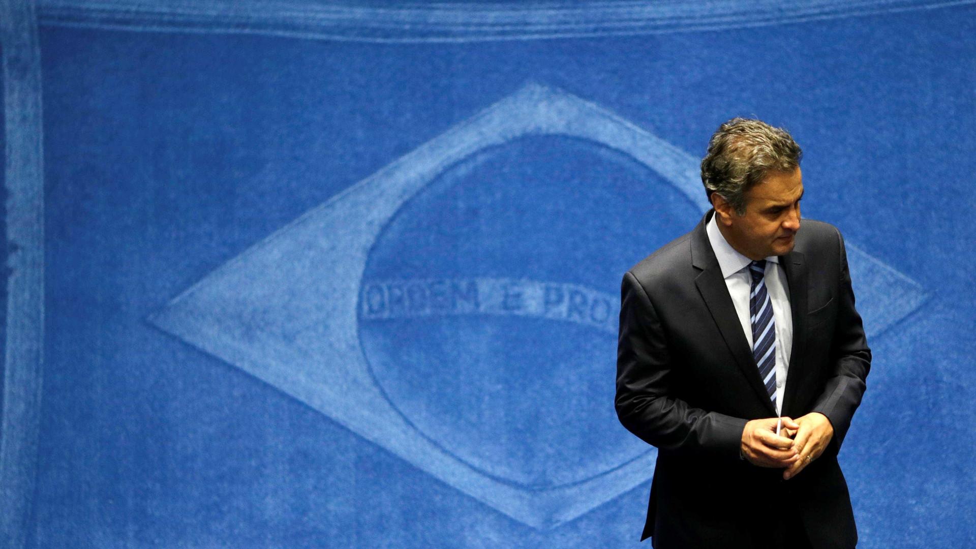 Decisão sobre Aécio e reforma política dominam pauta da próxima semana