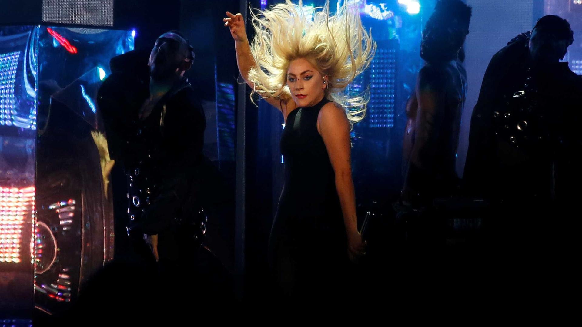 Além de Gaga, outros artistas aguardados já cancelaram shows no Brasil