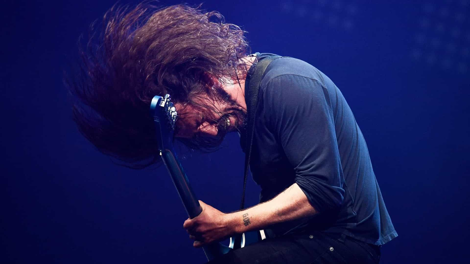 Foo Fighters lança 'Soldiers' por causa beneficente