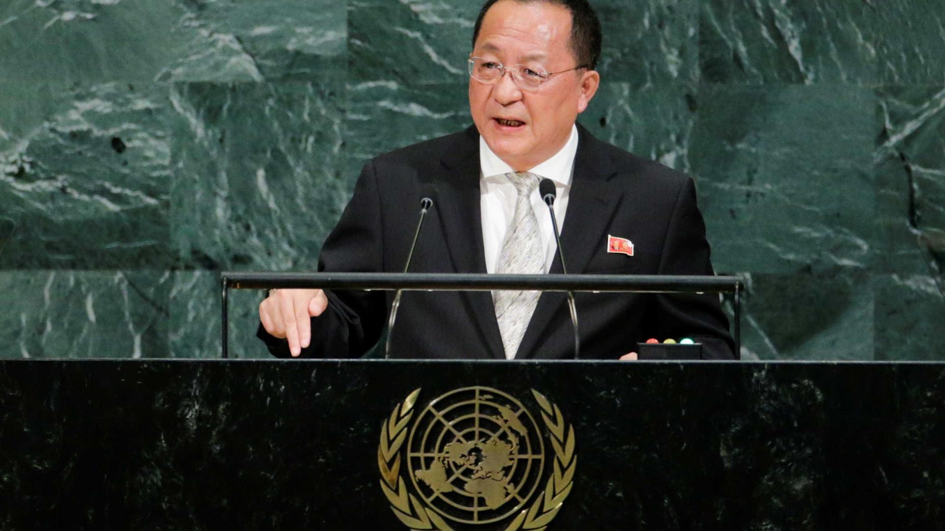 Ministro norte-coreano diz que mísseis 'visitarão os EUA'