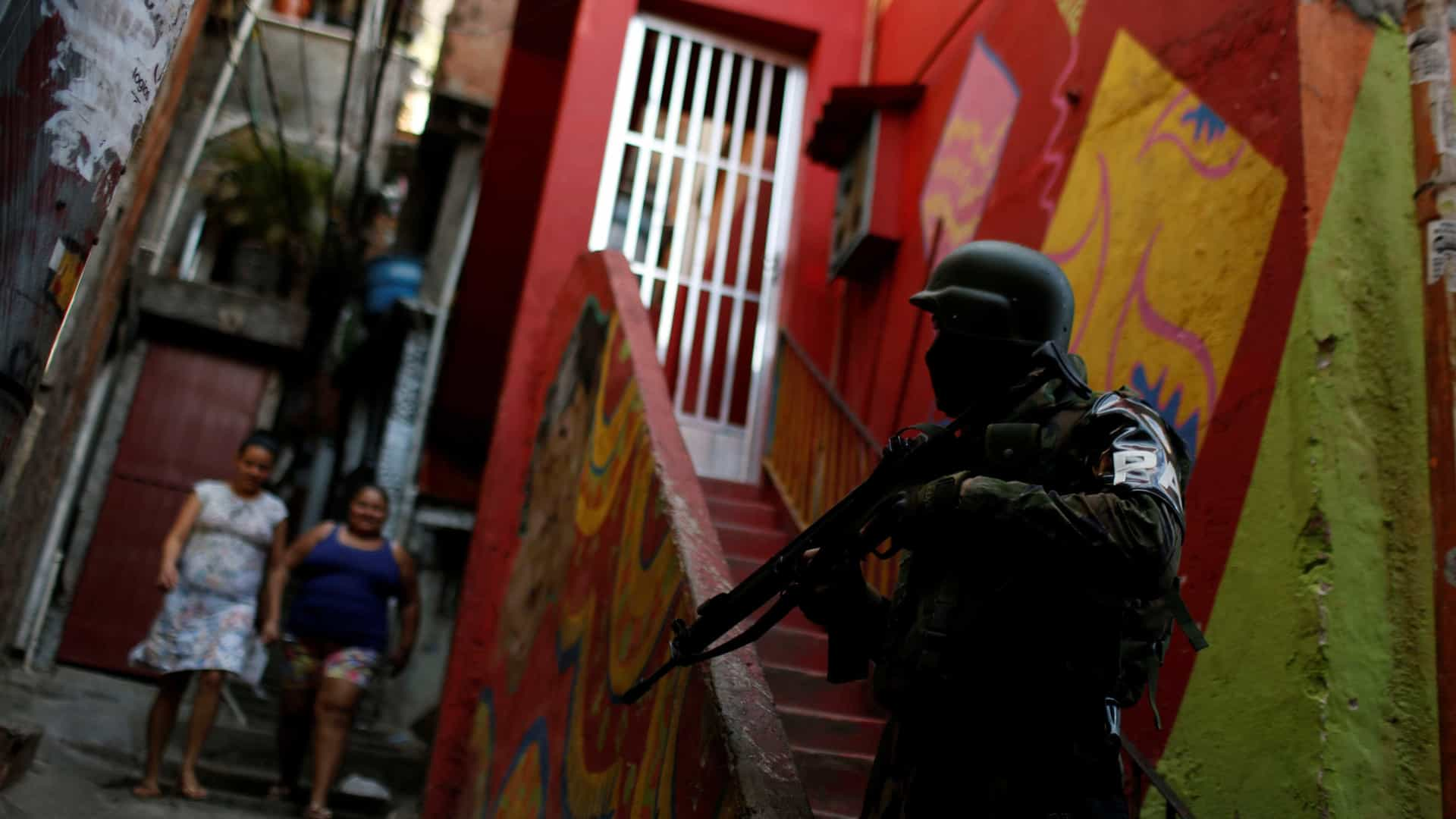Sete pessoas foram presas em operação das Forças Armadas no Rio