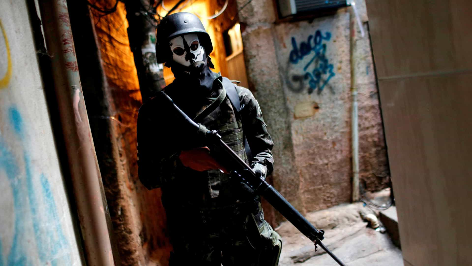 Proporção de assassinatos no Rio é de um policial para cada 36 civis