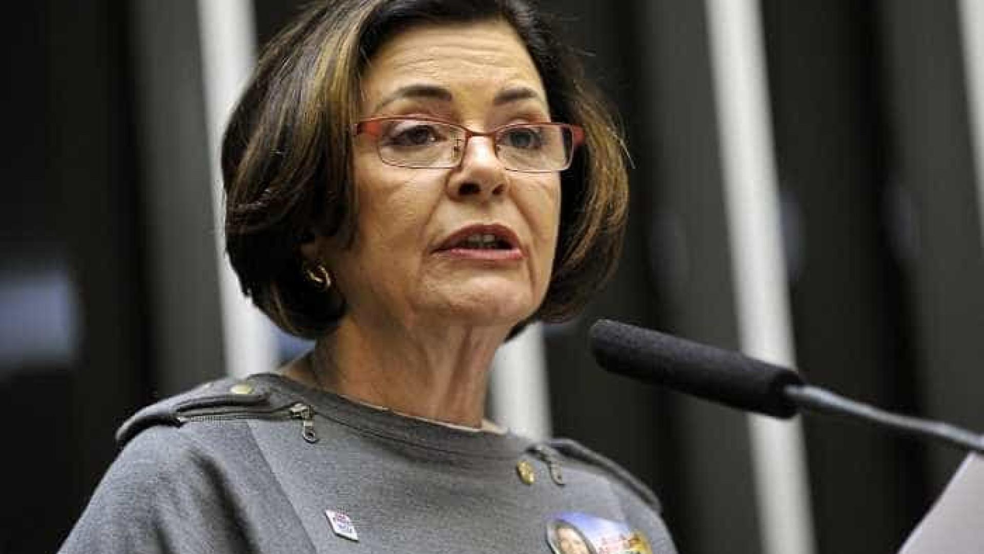 Mãe de Eduardo Campos, ministra do TCU usou férias de forma inusitada