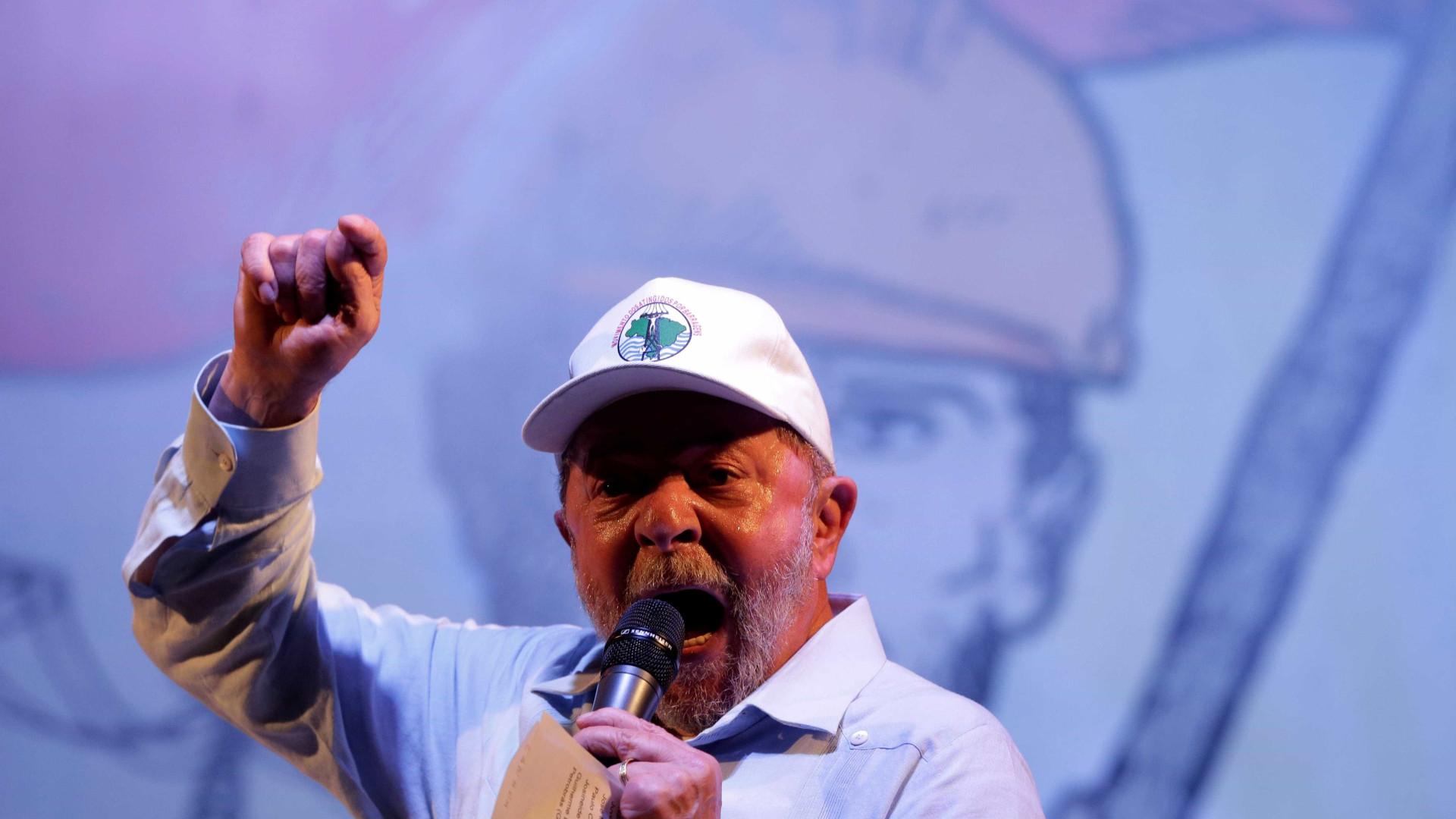Defesa de Lula deve entregar recibos originais em 48 horas