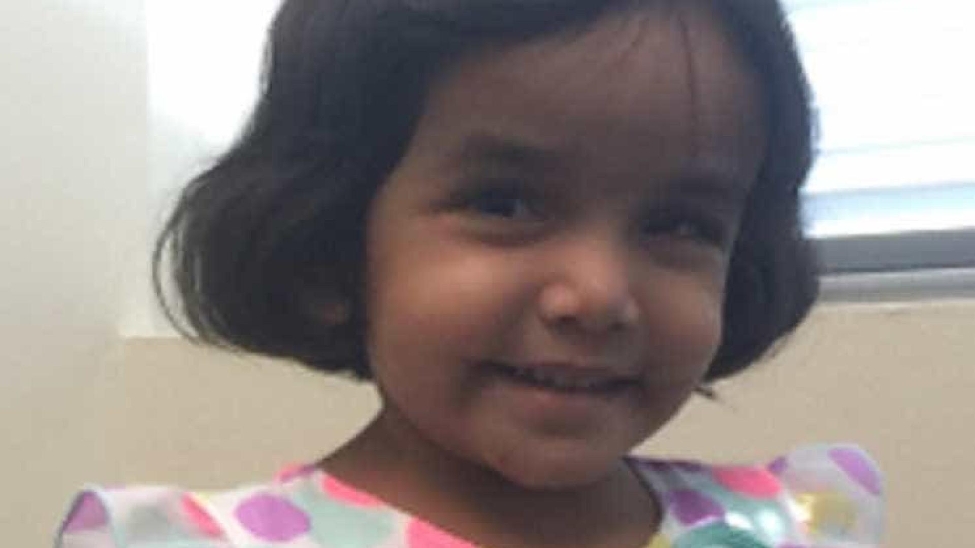 Pai confessa que sufocou com leite filha adotiva