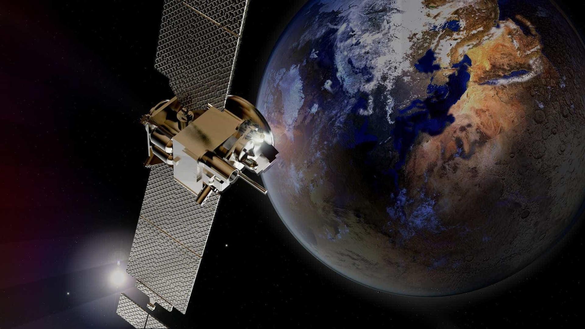 Astronauta grava inédita queda de meteoro vista do espaço