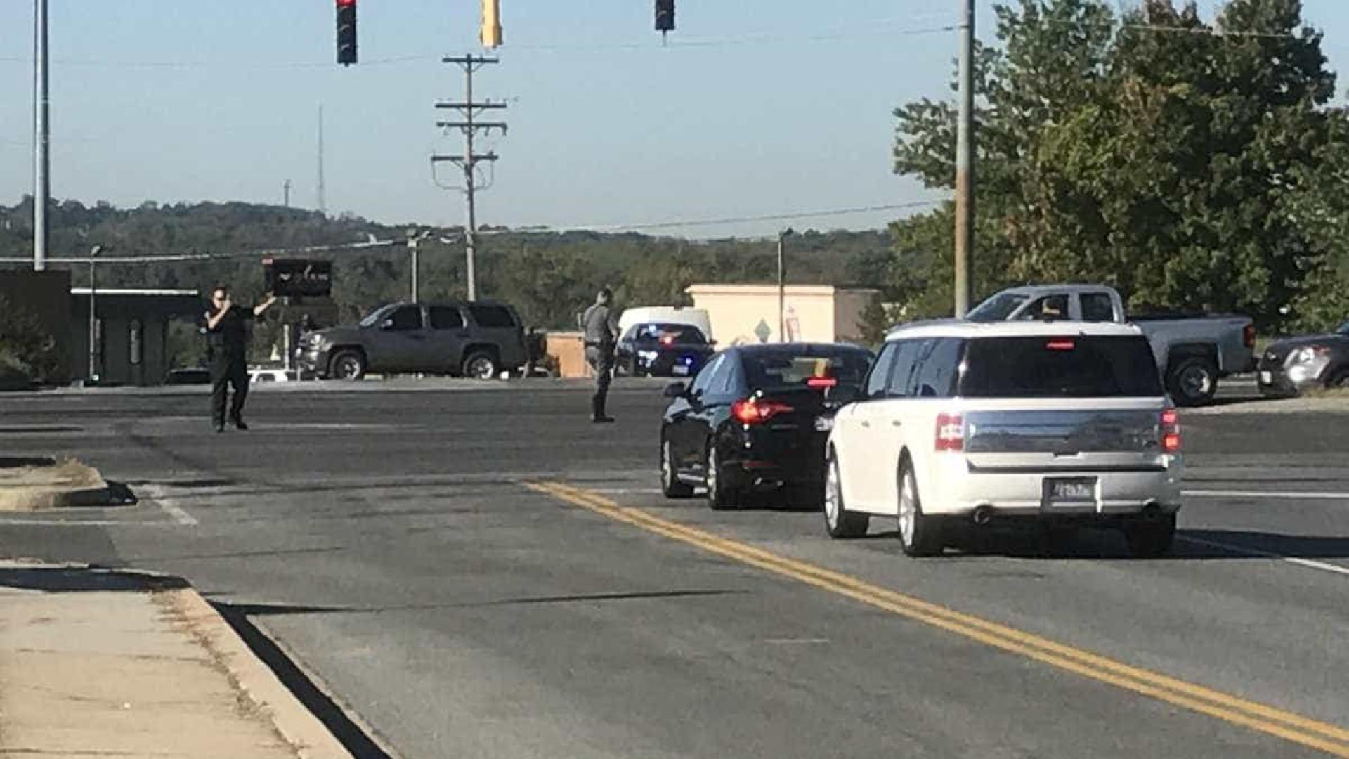 Tiroteio em massa em estacionamento nos EUA deixa feridos