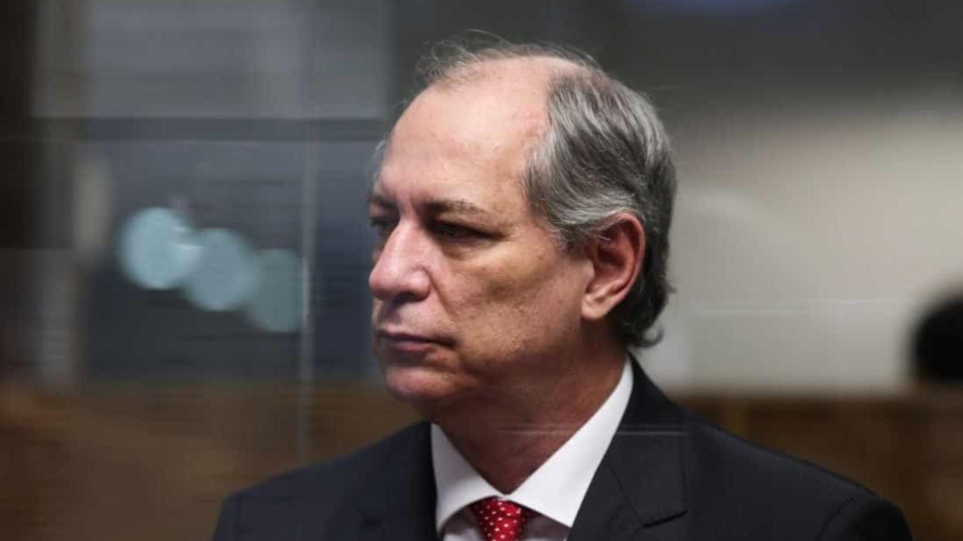 'O PSDB já não é um partido sério desde Fernando Henrique', diz Ciro