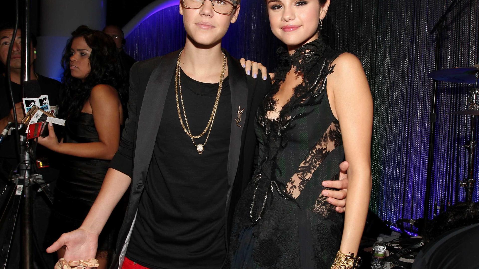 Justin Bieber e Selena Gomez querem fugir aos olhares do público