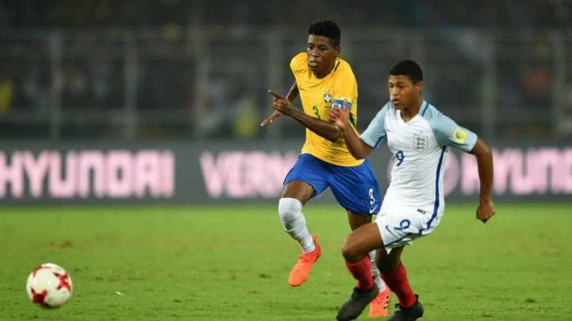 Brasil perde para a Inglaterra na semifinal do Mundial Sub-17
