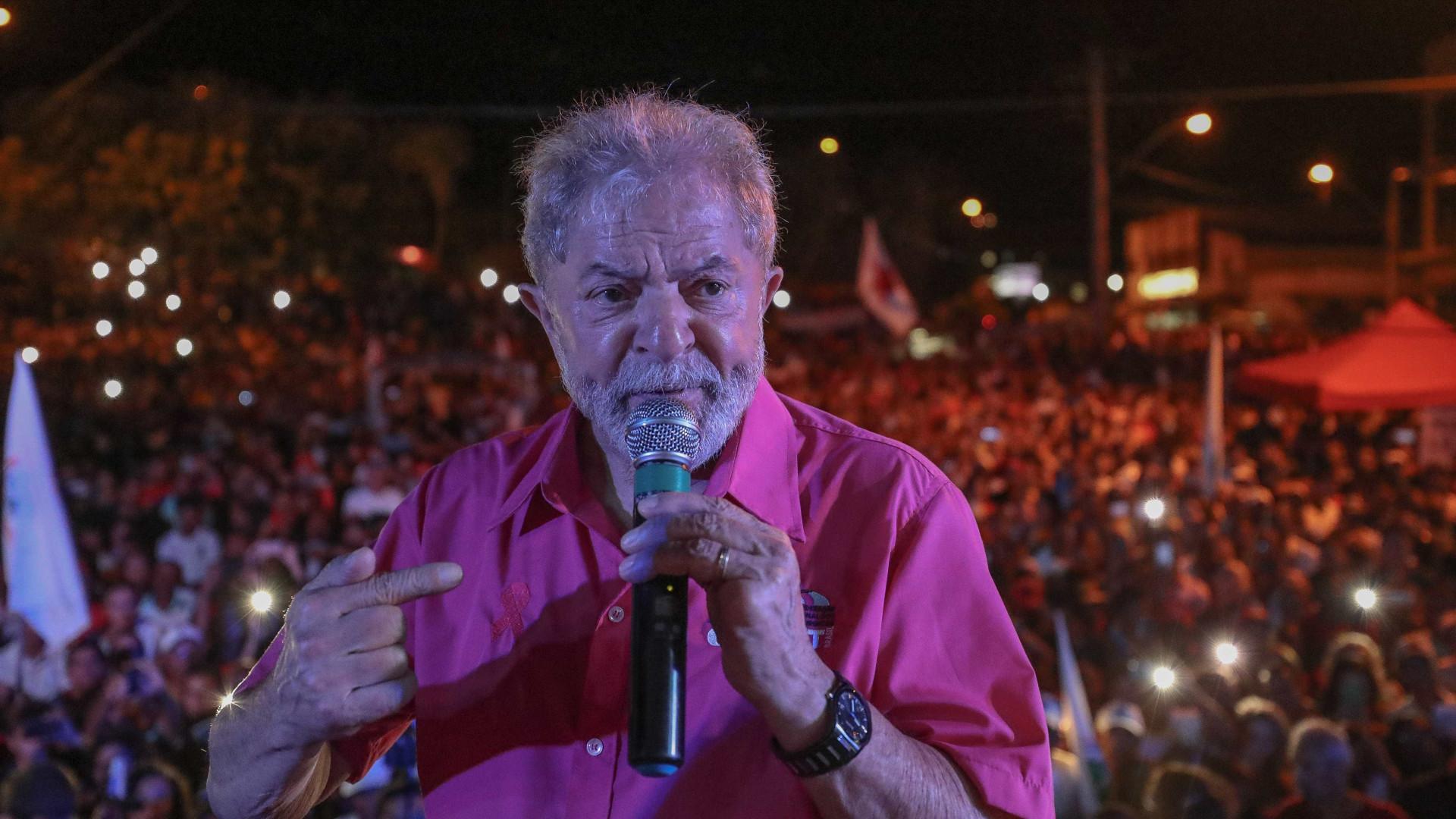 'Quero que eles me peçam desculpas', diz Lula sobre PF e Lava Jato