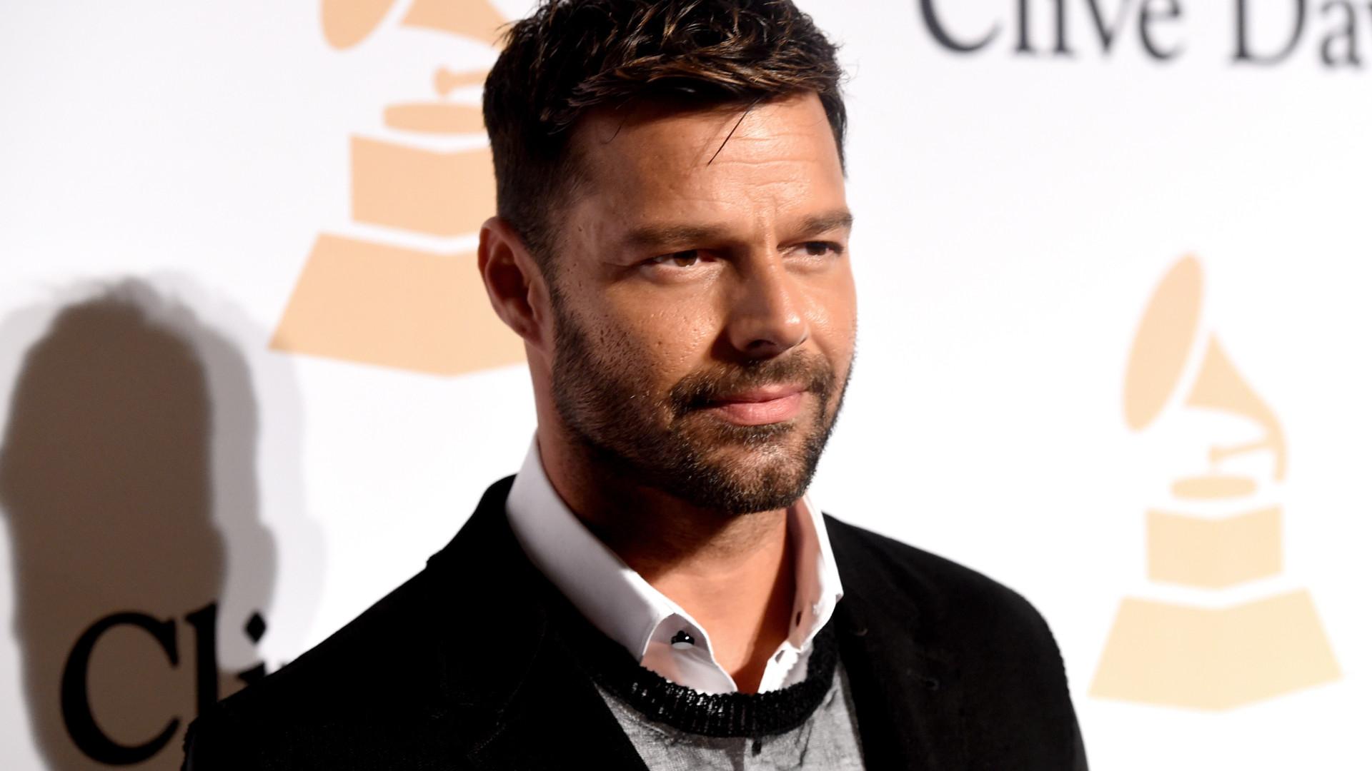 Ricky Martin anuncia chegada de Lucia; cantor é pai pela terceira vez