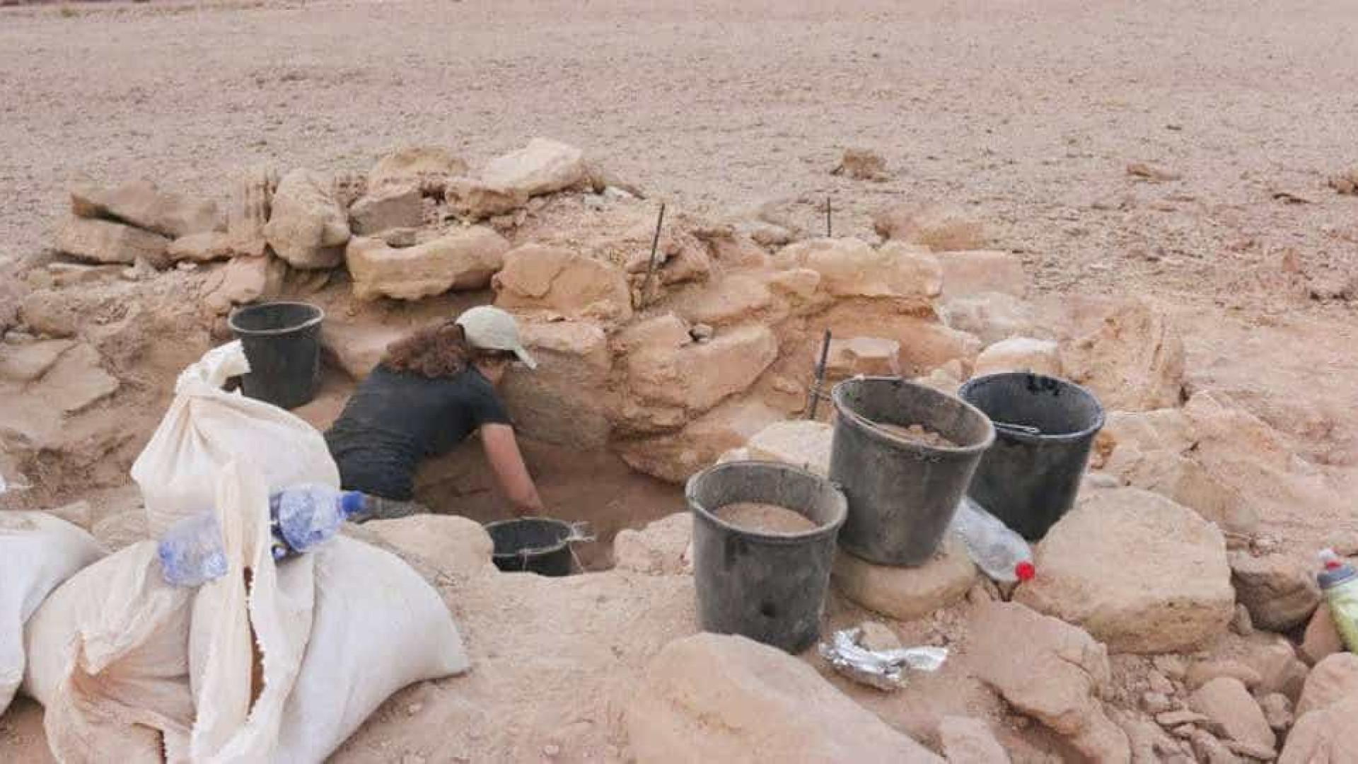 Arqueólogos encontram restos humanos nas 'minas do rei Salomão'